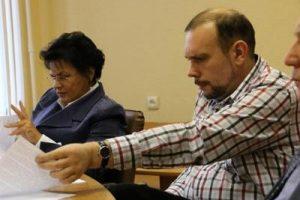 """Главред газеты """"Новгород"""" дважды изнасиловал журналистку — жену друга детства"""