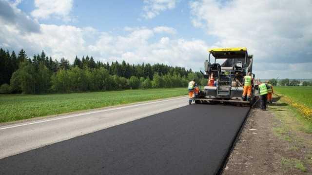 916 млн из COVID-фонда на ремонт дорог Прикарпатья получило окружение Коломойского