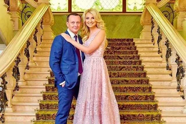 Семейный подряд коррупционеров: юрист Руслан Бернацкий и его жена Наталья Севостьянова благополучно откупились от тюрьмы