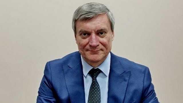 В Украине на три миллиона гривен ищут машины новому министру