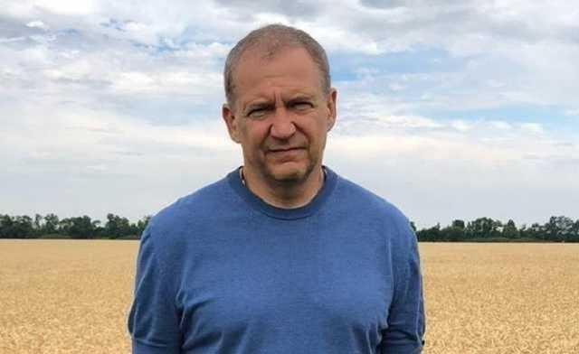 Рейдер, криминальный авторитет и вымогатель Олег Кияшко пытается уйти от ответсвенности за серию кровавых преступлений