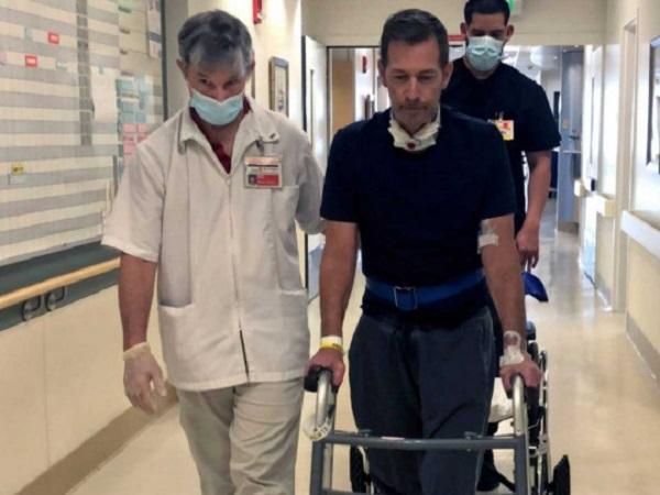 Заболел COVID-19 и лишился восьми пальцев: мужчина рассказал о страшных последствиях коронавируса