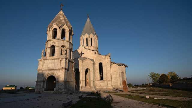 Армянская церковь сообщила об осквернении собора в Шуши