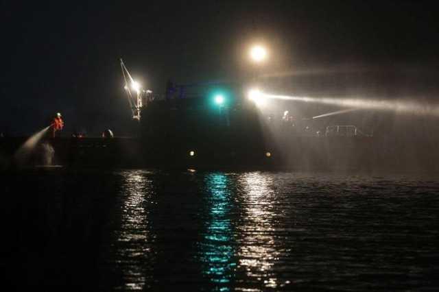 Вечеринка — огонь: в Киеве ночью горела яхта