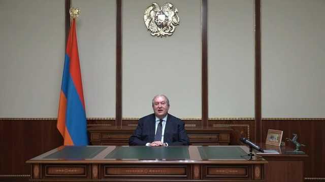 Президент Армении потребовал отставки Пашиняна