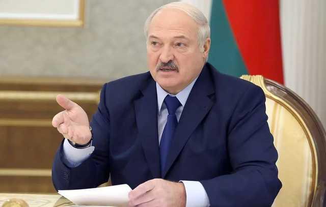 «Без всякого варварства»: Лукашенко поручил чиновникам навести на этой неделе порядок в Минске
