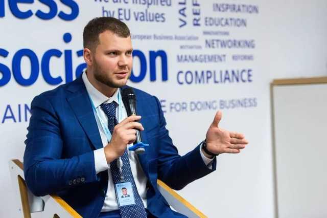 СМИ: Шмыгаль извинился перед премьером Казахстана за поддельный тест на COVID-19 Криклия
