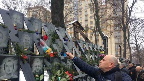 Строительная мафия и герои Небесной Сотни: ниточки ведут к Януковичу-младшему