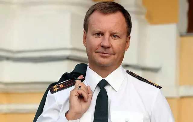 Рейдер и заказчик убийства Вороненкова Кондрашов Станислав Дмитриевич до сих пор скрывается от следствия