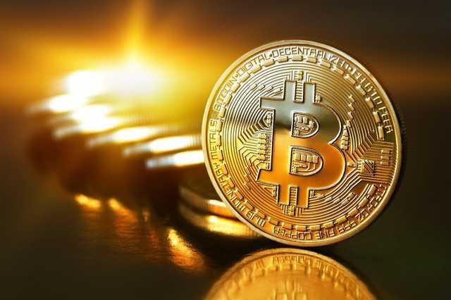 Стоимость биткоина впервые за три года достигла $19 тысяч