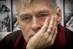 """""""Сижу на подножных кормах"""": известный российский актер оказался в бедственном положении"""