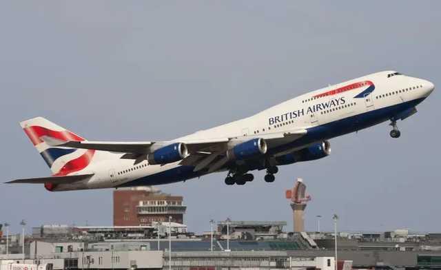 Стюардесса British Airways занялась проституцией на борту самолета
