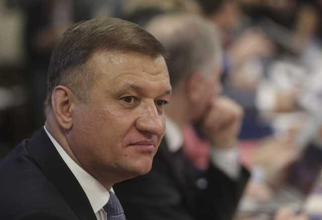 Новосибирский депутат Госдумы меняет партию