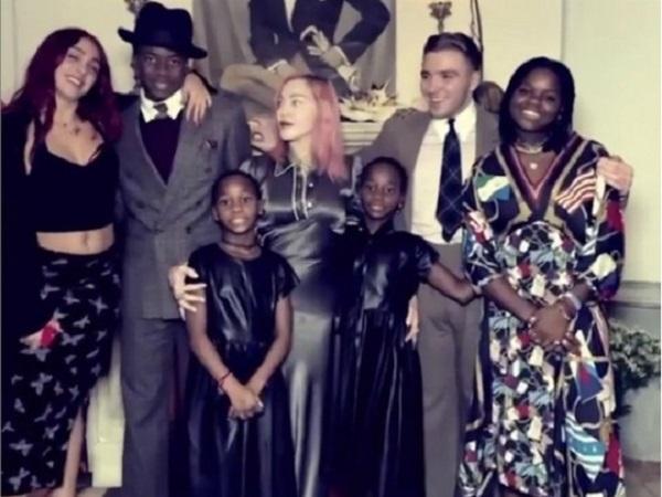 Редкий случай: Мадонна поделилась видео, в котором собрались все шестеро ее детей