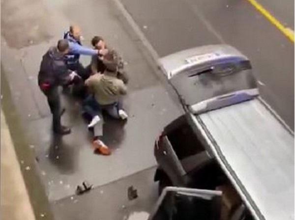 В Германии автомобиль врезался в толпу: есть жертвы, много пострадавших