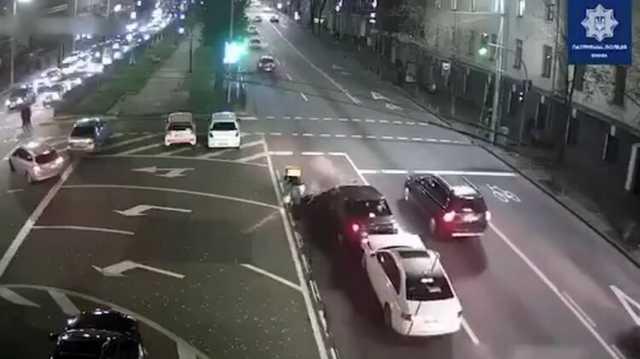 В Киеве судья ВАКС за рулем Audi попал в ДТП