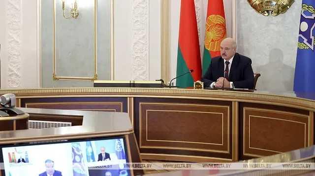 Лукашенко: Никаких цветных революций нет, это все мятежи