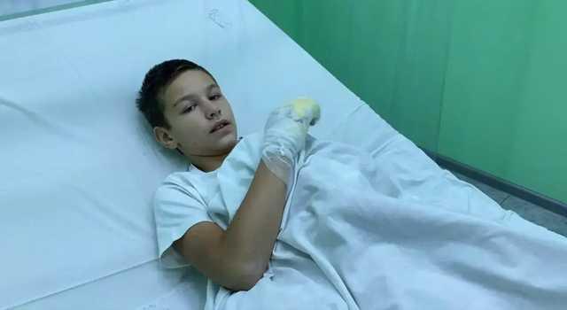 Подожженный друзьями мальчик из Бердянска рассказал, что его заставили выбирать — огонь или удары по голове