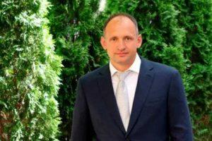 Тесть Татарова получил землю на 21 миллион сразу после назначения зятя в ОП