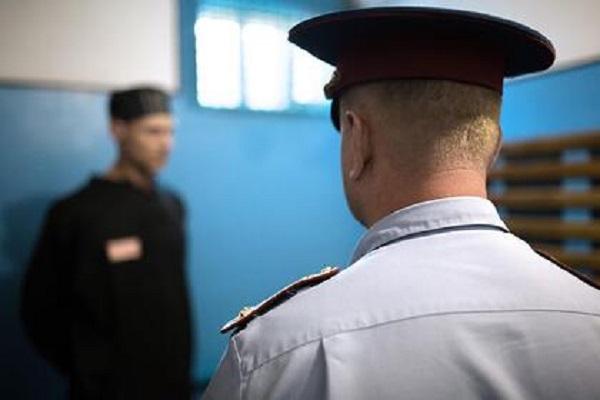 Российские заключенные объявили голодовку после визита правозащитника