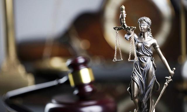Верховный суд вытащил из тюрьмы судью-взяточника