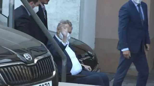 Заболевший COVID-19 76-летний президент Чехии Земан страдает от обезвоживания и переутомления
