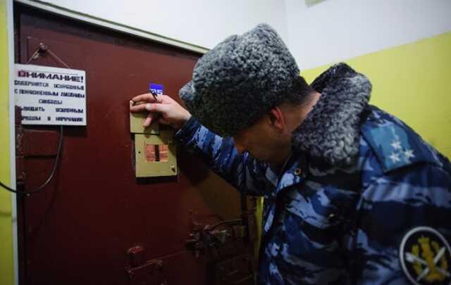 Сотрудник ФСБ, изнасиловавший карабином петербургского бизнесмена, может выйти на свободу