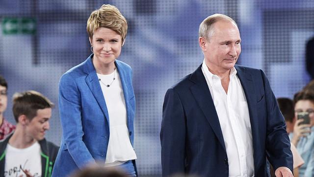 Полет Шмелевой. Подруга Путина получила квартиру от государства через серую схему