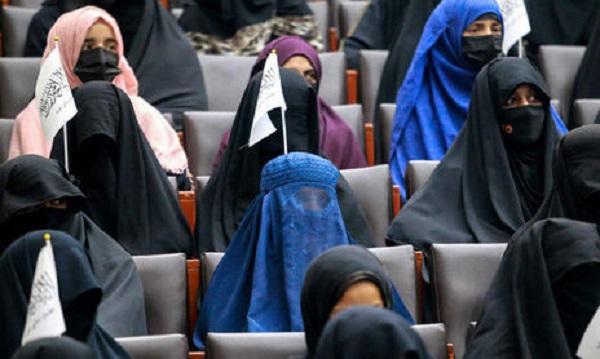 Талибы в Афганистане вместо министерства по делам женщин создали «полицию нравов»