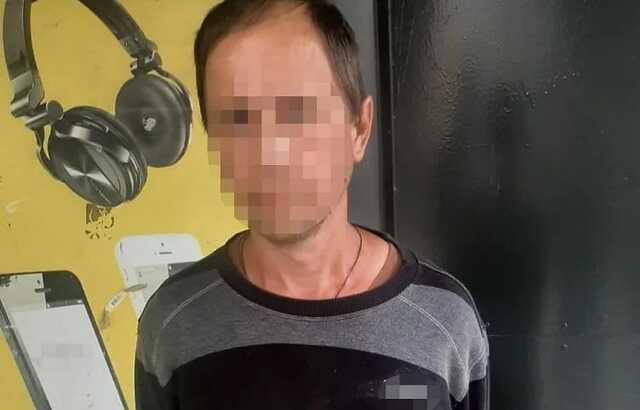 В Киеве педофил напал на девочку в школьном туалете