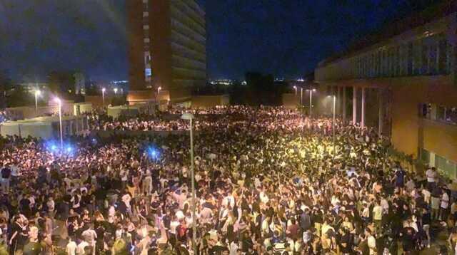 В Испании 25 тыс. студентов устроили незаконную вечеринку, несмотря на карантин