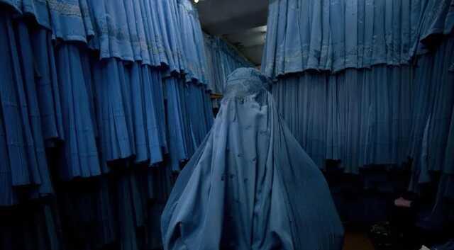 «Мэр» Кабула от «Талибана» приказал женщинам-госслужащим оставаться дома