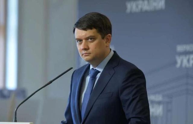 Разумков пожаловался на слухи о покупке голосов за его отставку