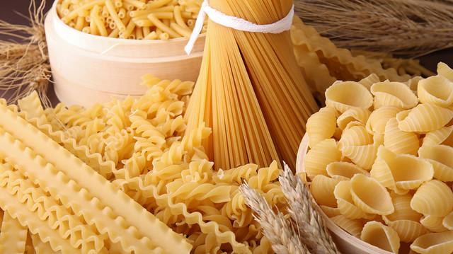 «Наступает паника». Производители макарон намерены поднять цены из-за дефицита пшеницы