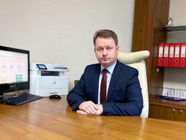 Первый замглавы Сервисного центра МВД задекларировал почти миллион гривен зарплаты