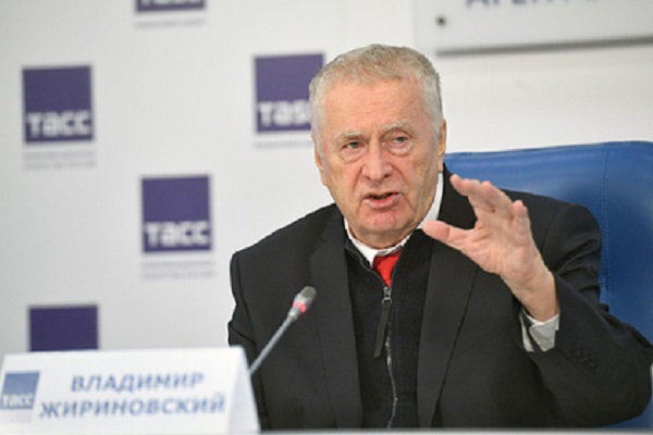 Жириновский предложил отставным военным стать учителями в школах