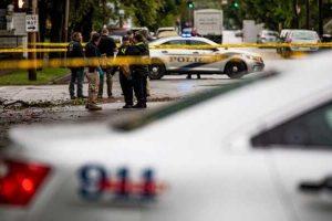 В США неизвестный обстрелял автобусную остановку со школьниками: один ребенок умер