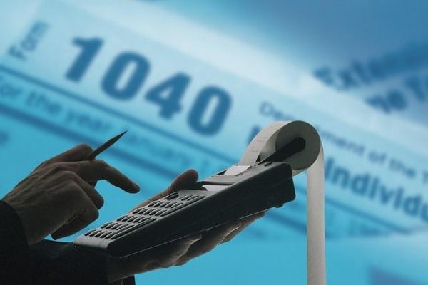В Одессе руководство налоговой службы и таможни помогло бизнесменам уклониться от уплаты 1,2 млрд гривен платежей