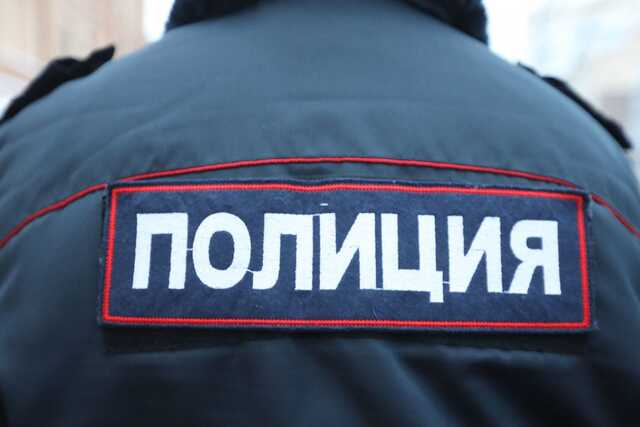 Из реки Ижоры в Колпинском районе Петербурга выловили тело младенца в пакете