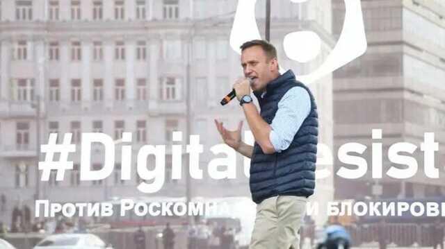 Навальный назвал Apple, Google, YouTube и Telegram помощниками Путина