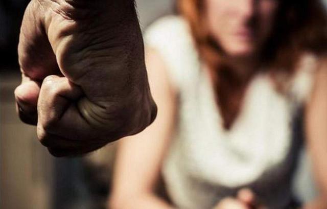 На Ровенщине сын жестоко избил 67-летнюю мать, которая вернулась с заработков