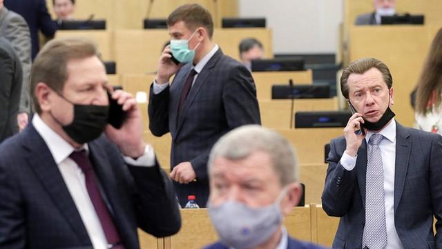 Для новых депутатов Госдума закупила 450 смартфонов на ₽4,3 млн