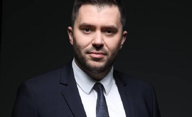 Глава Нацкомиссии по ценным бумагам Руслан Магомедов купил иномарку за 2,3 млн грн
