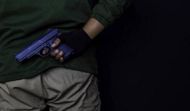 Как в Болливуде. В индийском суде «адвокаты» застрелили гангстера, попавшегося на стаканчике из Starbucks