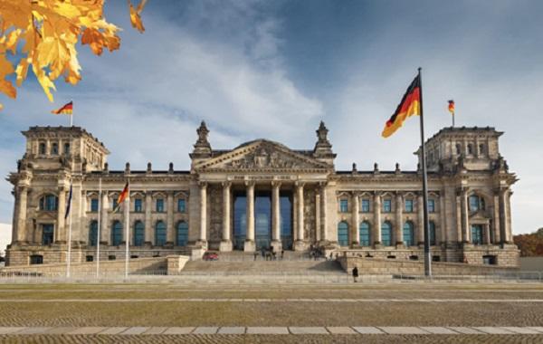 СМИ: В Германии по телевидению показали результаты экзит-полла за два дня до выборов