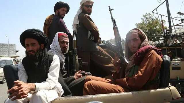 В Афганистане талибы начали расстреливать воров и вешать их тела на центральных площадях