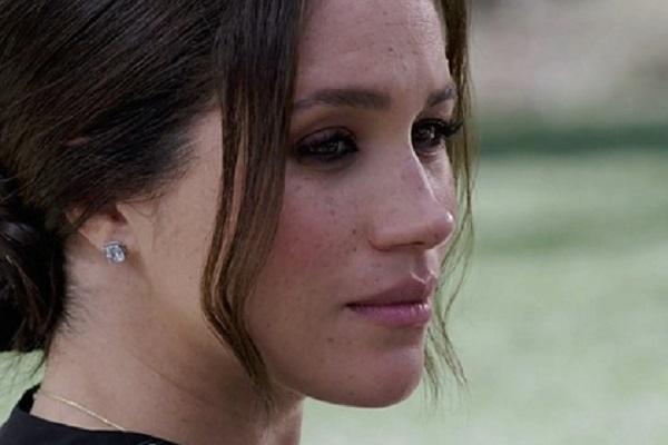 Королевская семья выделила Меган Маркл персонал для борьбы с троллями