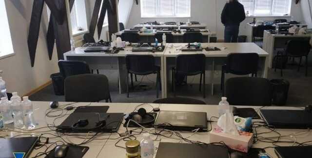 СБУ разоблачила сеть колл-центров по обману иностранцев