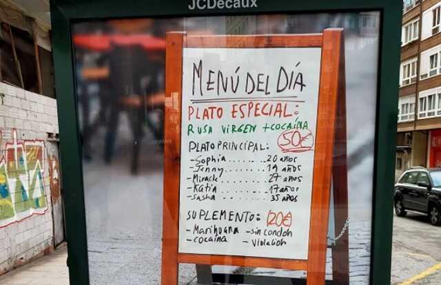 Посольство России в Испании возмутилось плакатами против проституции c русскими именами