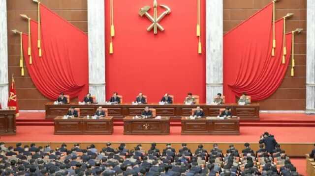 Ким Чен Ын не пришел на открытие сессии парламента КНДР